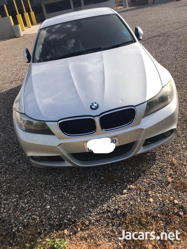 BMW 3-Series 2,5L 2011-4