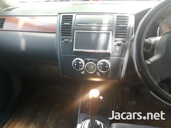 Nissan Tiida 1,4L 2009-5