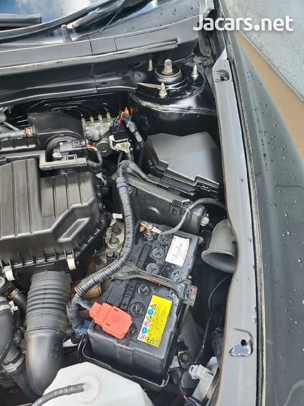Honda Stream 1,7L 2011-5
