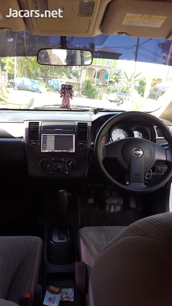 Nissan Tiida 1,5L 2010-7