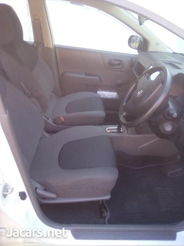 Nissan AD Wagon 1,4L 2014-6