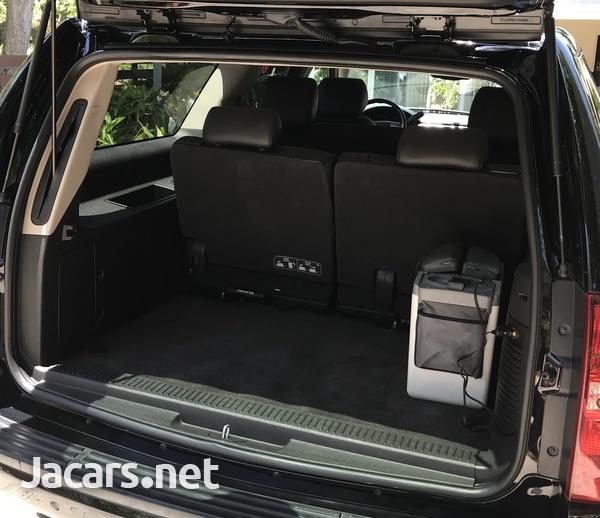 Chevrolet Suburban 5,5L 2014-7