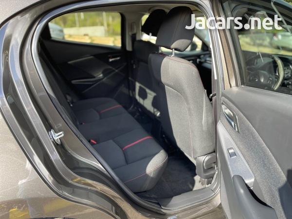 Mazda Demio 1,5L 2015-11