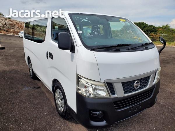 Nissan Caravan 2,0L 2012-7