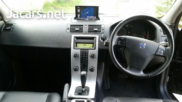 Volvo V50 2,4L 2012-4