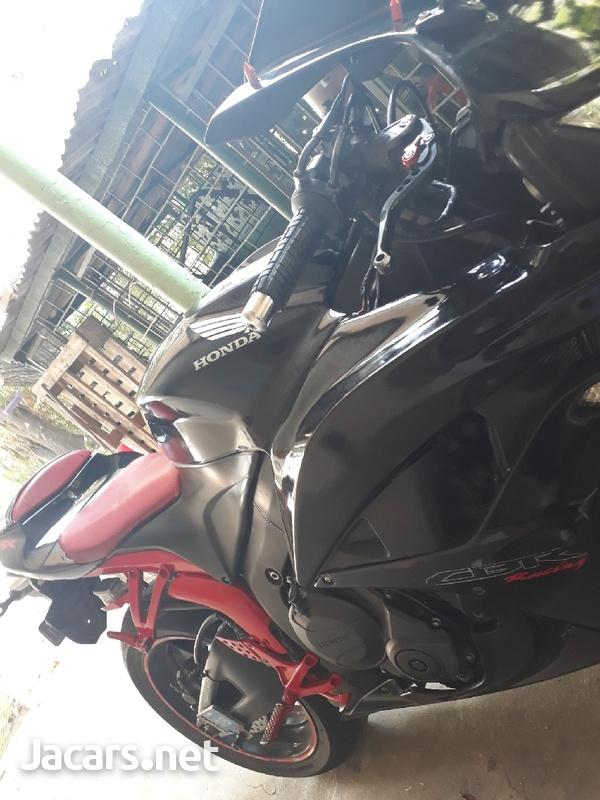 2010 Honda cbr600rr-2