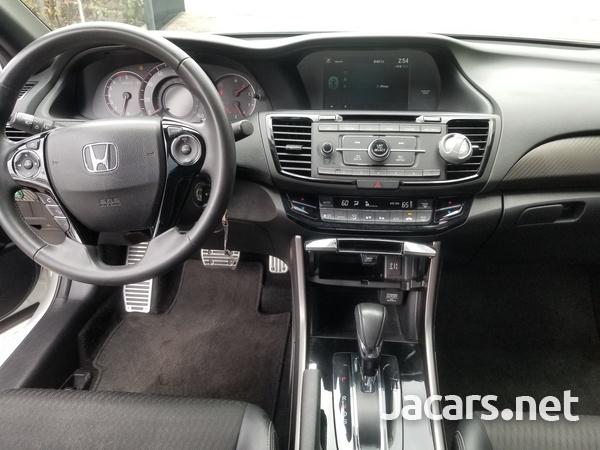 Honda Accord 3,5L 2015-3