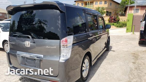 Honda Step wagon 2,0L 2012-4
