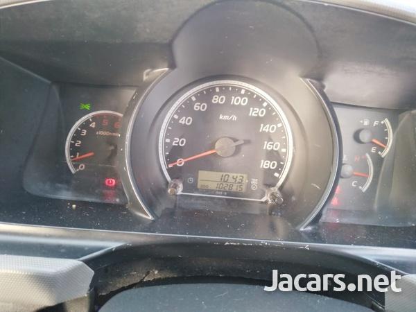 Toyota Hiace 3,0L 2012-8