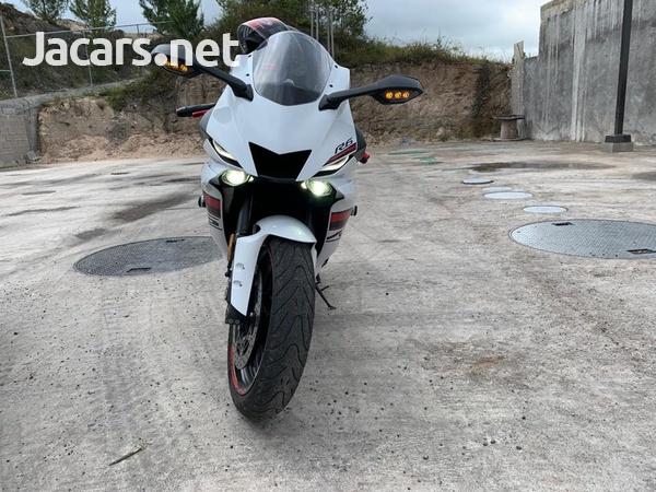 2019 Yahama R6 Bike-3