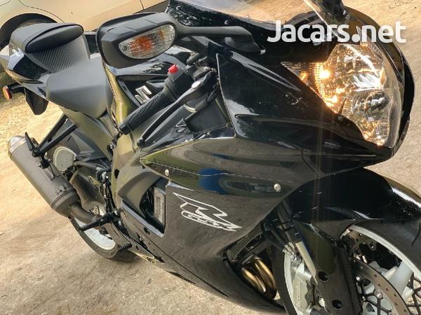 2019 suzuki gsxr Bike-5