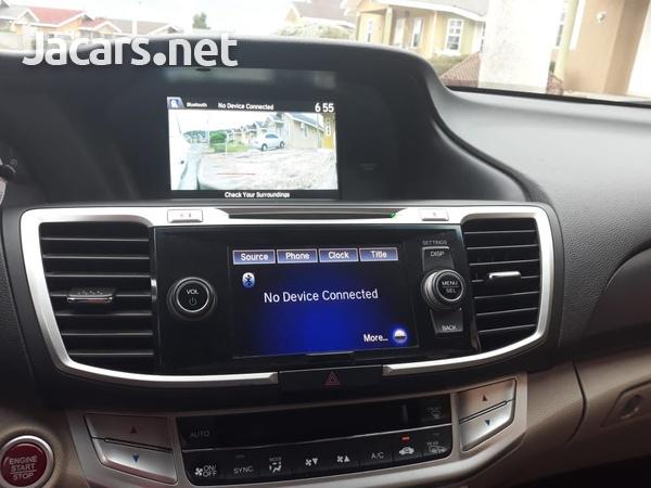 Honda Accord 2,0L 2015-4