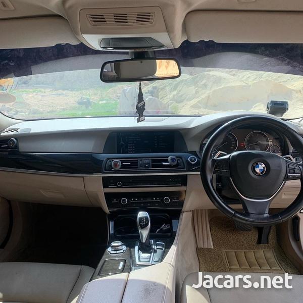 BMW 5-Series 2,0L 2011-5