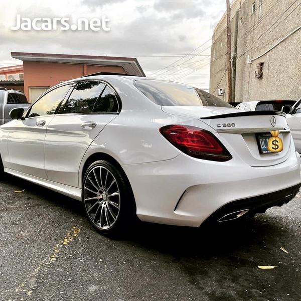 Mercedes-Benz C-Class 2,0L 2020-6
