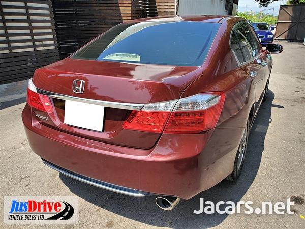 Honda Accord 1,9L 2013-6