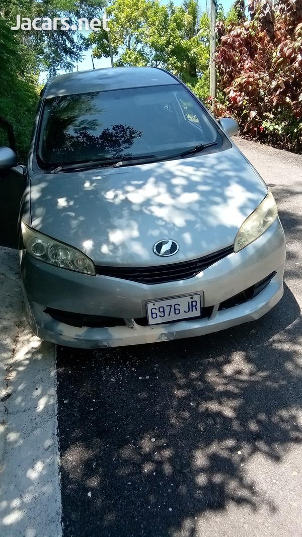 Toyota Wish 2,0L 2010-1