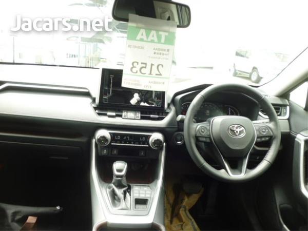 Toyota RAV4 1,9L 2020-4