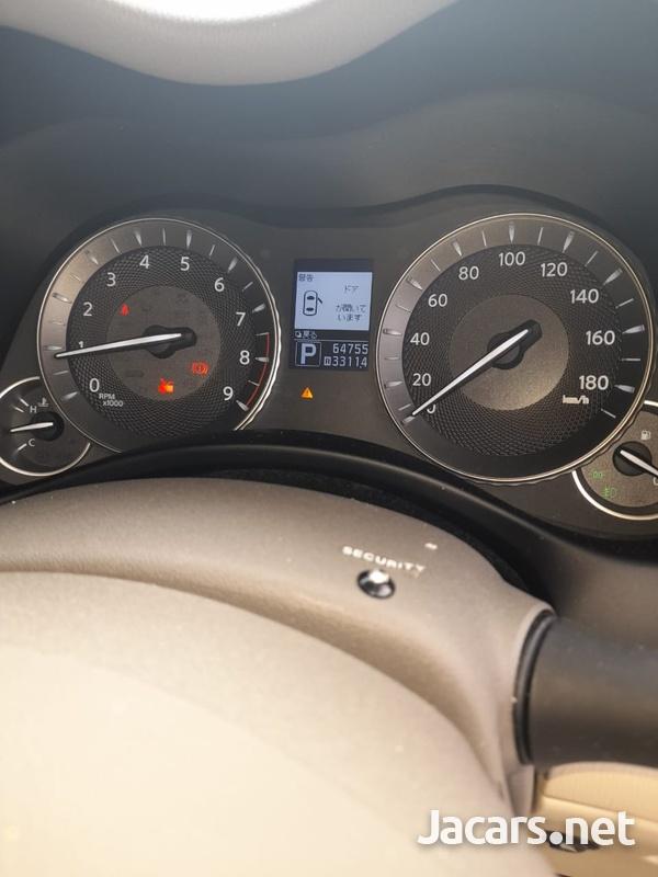 Nissan Fuga 3,7L 2011-10