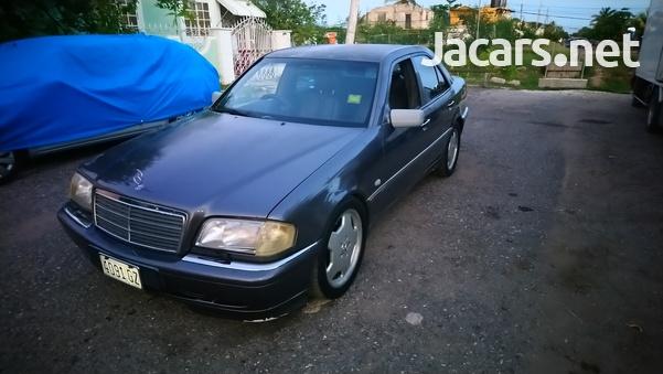 Mercedes-Benz C-Class 2,8L 1999-3