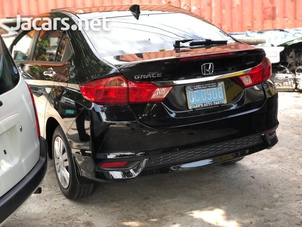 Honda Grace 1,5L 2019-3