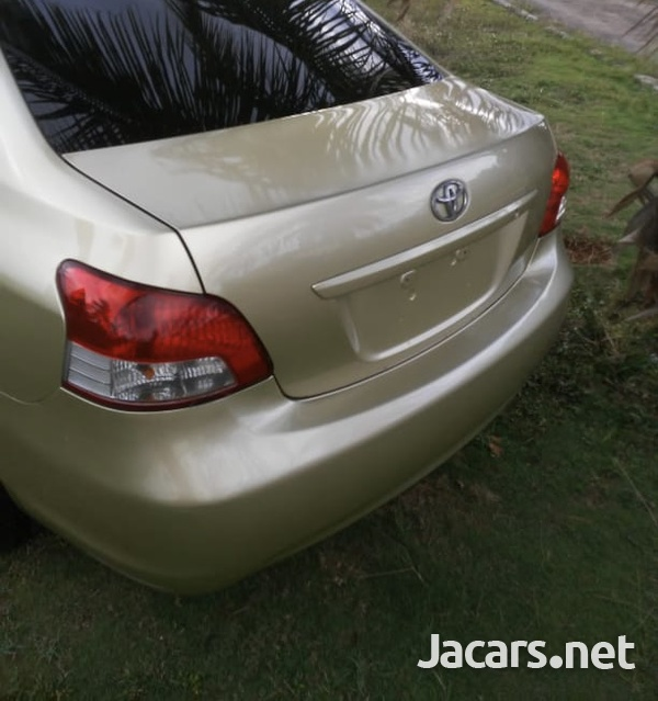 Toyota Belta 1,2L 2008-5