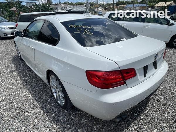 BMW 3-Series 2,5L 2012-6