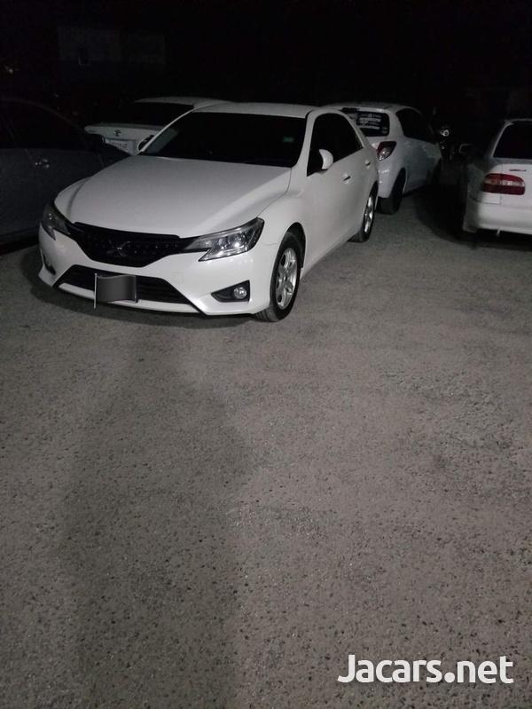 Toyota Mark X 2,6L 2014-3