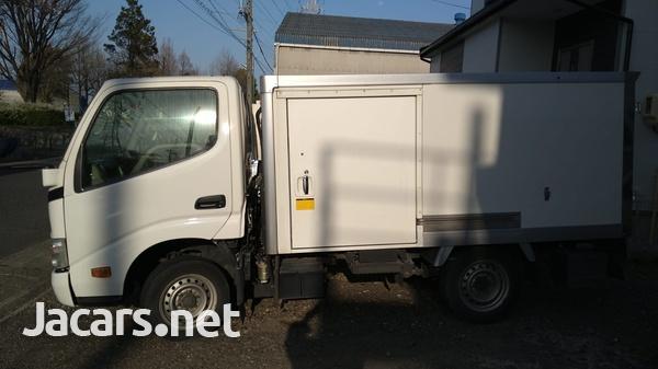 2015 Dyna Freezer Truck-6