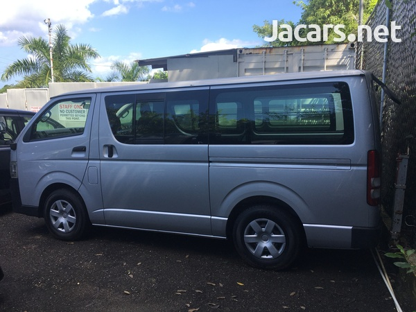 Toyota Hiace 2,0L 2011-2
