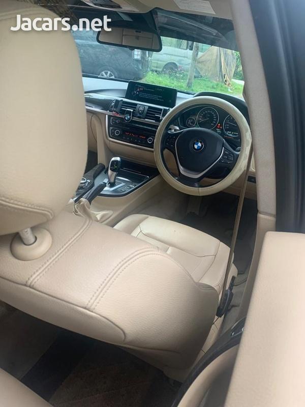 BMW 3-Series 2,0L 2014-9