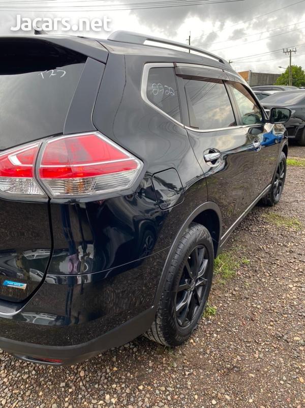 Nissan X-Trail 2,0L 2014-9