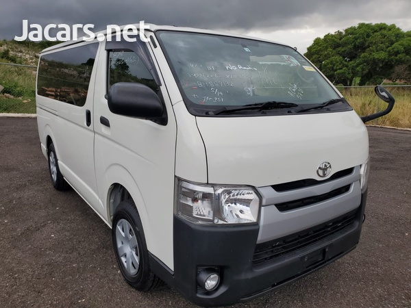 Toyota Hiace 3,0L 2016-4