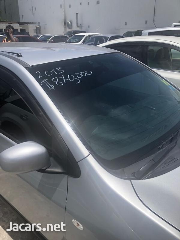 Nissan AD Wagon 1,6L 2013-1