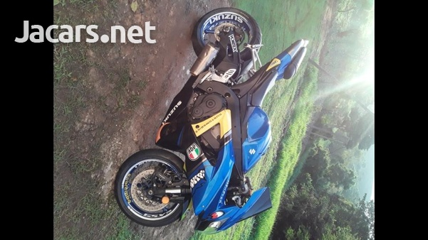 2010 GSX-R 750 Bike-2