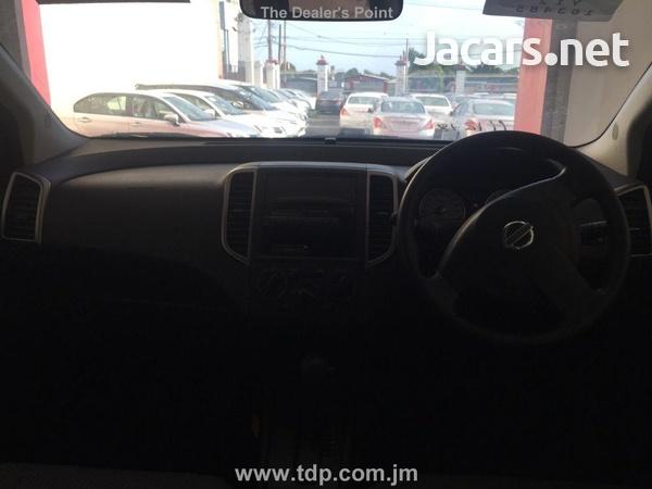 Nissan Wingroad 1,5L 2013-5