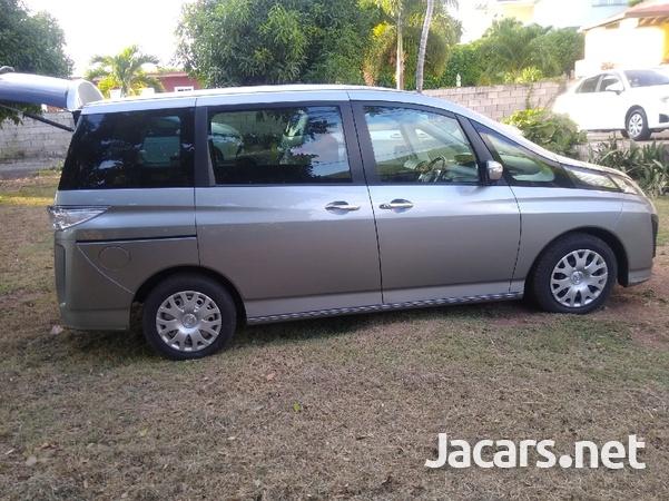 Mazda Biante 2,0L 2013-8