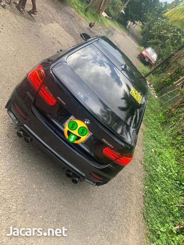 BMW 3-Series 2,0L 2014-3