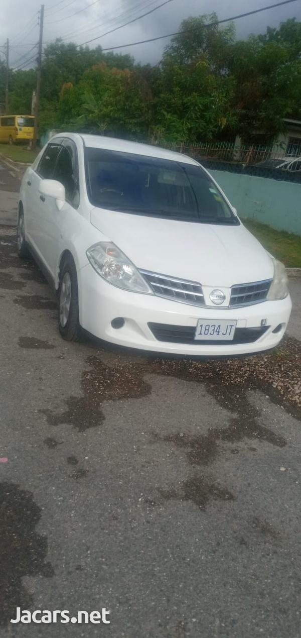 Nissan Tiida 1,8L 2012-1