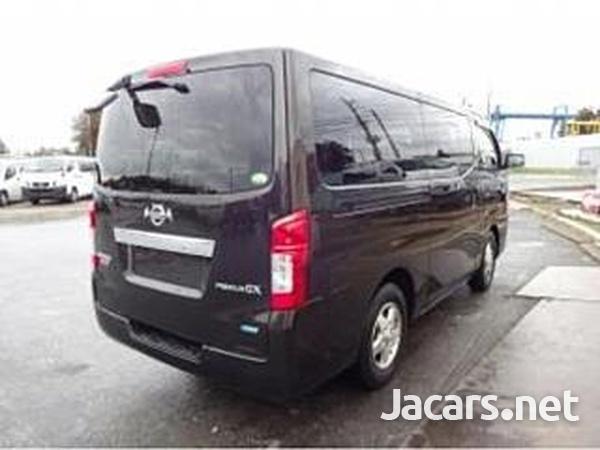 Nissan Caravan 2,5L 2013-4