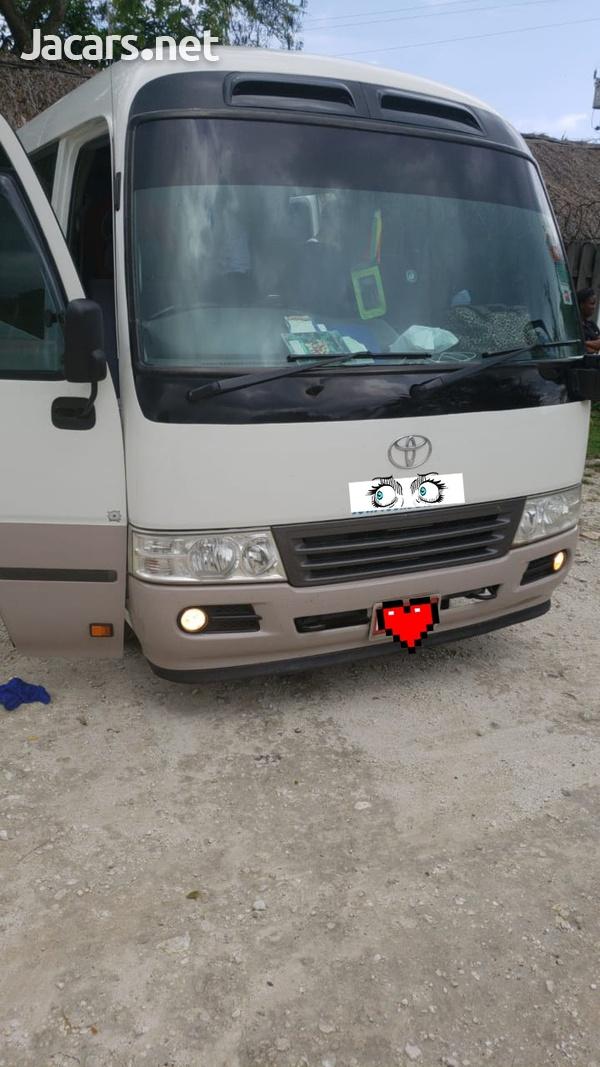 Toyota Coaster Bus 2010-1