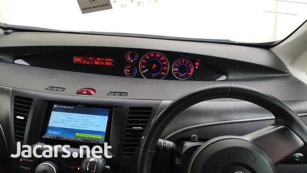 Mazda Biante 2,0L 2012-1