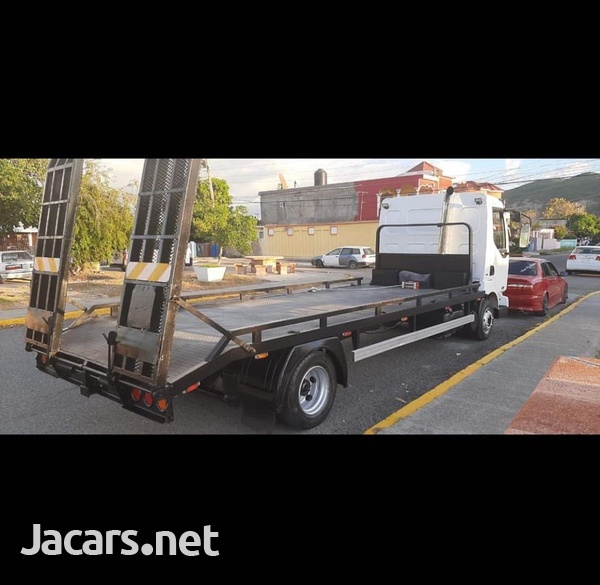2004 Renault Flatbed Tow Truck-1