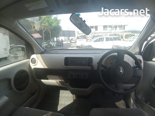 Daihatsu Boon 1,0L 2012-4