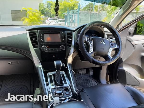 Mitsubishi Montero Sport 2,7L 2019-2