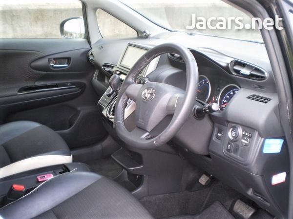 Toyota Wish 1,8L 2014-4