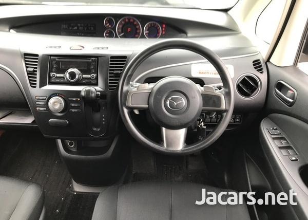 Mazda Biante 2,0L 2016-9
