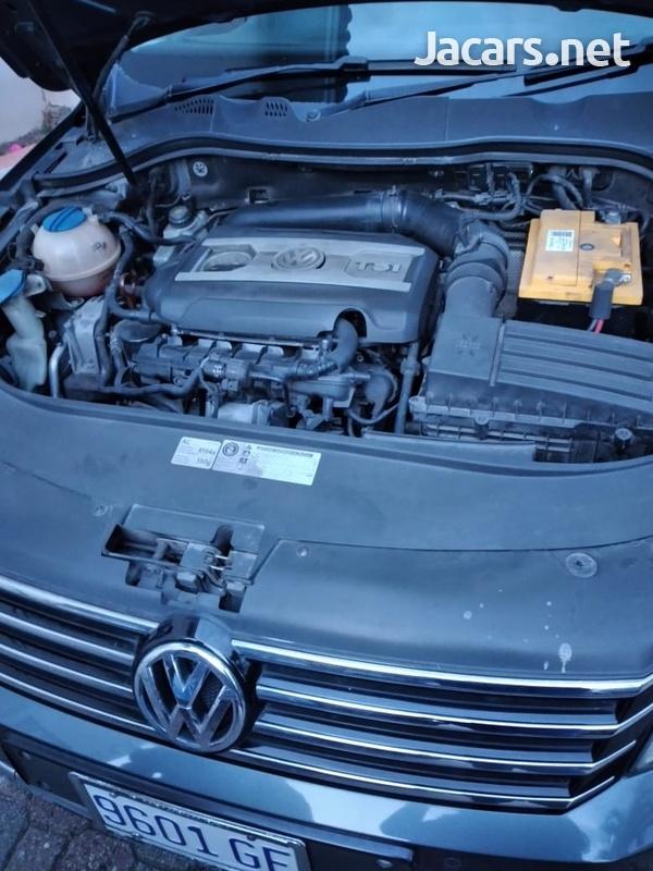 Volkswagen Passat 1,8L 2012-3