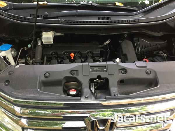Honda Step wagon 1,8L 2012-8