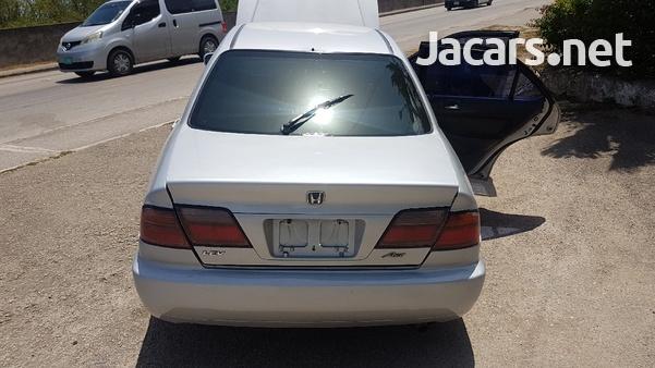 Honda Accord 1,5L 1999-3