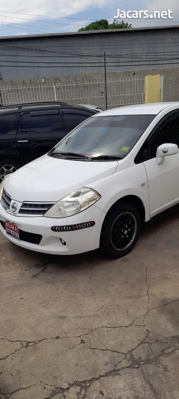Nissan Tiida 1,8L 2012-3